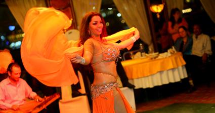 Danza del Vientre Nile Maxim